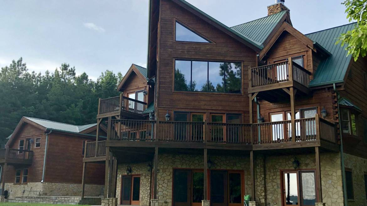 Sunset Bluff Cabin is a wonderful place to spend Christmas!